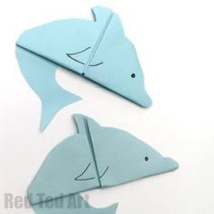 """Easy Dolphin Bookmarks - another sweet easy origami based diy! This Dolphin Bookmarks are great for """"Under The Sea"""" or Summer Themed DIYs and easy craft acti. Origami Star Box, Origami Love, Origami Fish, Origami Design, Origami Art, Dollar Origami, Origami Folding, Oragami, Origami Flowers"""