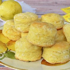 Scons de limón sin azúcar Cookie Recipes, Snack Recipes, Healthy Recipes, Snacks, Lemon Recipes, Sweet Recipes, Tortas Light, Pan Dulce, Bread Machine Recipes