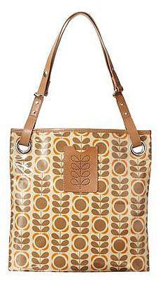 Our pick of Orla Kiely Classic Stem Print fashion bags - ShoppersBase Fashion Bags, Fashion Ideas, Dress Up Boxes, Orla Kiely, Spring Has Sprung, Beautiful Bags, Nice Things, Fashion Prints, Tote Bags