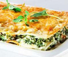 Egy finom Lasagne krémes spenóttal ebédre vagy vacsorára? Lasagne krémes spenóttal Receptek a Mindmegette.hu Recept gyűjteményében!