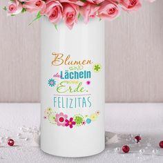 Keramikvase - Blumen sind das Lächeln der Erde - mit Wunschname