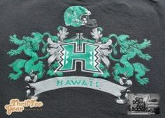 University of Hawaii football ThrifTee Gear Cool Reusable Lunchbag made from upcycled t-shirt. $14.95 includes shipping in the USA. www.thrifteegear.com