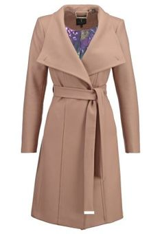 LORILI - Villakangastakki - taupe Ted Baker, Taupe, Duster Coat, How To Wear, Jackets, Fashion, La Mode, Beige, Down Jackets
