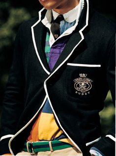Sporing a tie and rugby shirt under a crested blazer. Love. #fashion #preppy #menswear #ivy_league #blazer