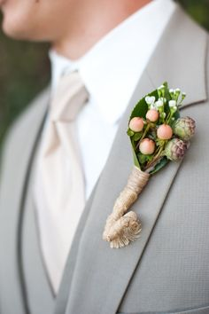Rustic boutonniere | Read more: http://www.stylemepretty.com/california-weddings/san-diego/2014/04/01/classic-white-wedding-with-diy-details/ | Photography: Candice Benjamin - http://candicebenjamin.com/