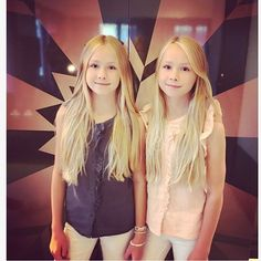Have you seen our new shuffle on Musical.ly?? ❤️ #twins #sisters #love #thursday #style #smile #blonde #friendsallovertheworld #happyness