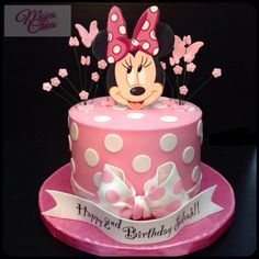Minnie Mouse rosa ideas y tuitoriales para fiestas - Baho Baba Minnie Mouse Birthday Decorations, Minnie Mouse Theme Party, Minnie Mouse 1st Birthday, Baby Birthday Cakes, 2nd Birthday, Bolo Minnie, Minnie Cake, Mickey Cakes, Minnie Mouse Cake Topper