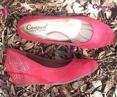 Conforto com estilo = seus pés com Campesí. Aposte!