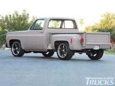 1977 #Chevrolet Stepside: Got It All - This '77 Chevy #Stepside Was Built Smart and Good Looking - Read More: http://www.customclassictrucks.com/featuredvehicles/1302cct_1977_chevrolet_stepside/