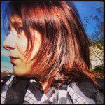 Ich liebe es, wenn die Haare nach dem Friseur wieder schimmern und die Farbe wieder satt und leuchtend ist. (Himmel habe ich eine große Nase...