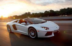 18 carros que você pode comprar por a partir de R$ 1 milhão