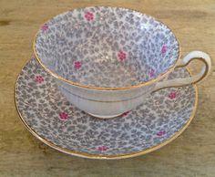 Antiquité. Collection. Magnifiques tasse et soucoupe. Angleterre | art, objets à collectionner | Lévis | Kijiji Mobile