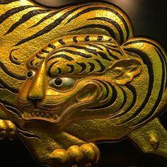 Тигра из Осакского замка #Осака #тигр #тигры #замок #замки #Япония #кошки #лак #золото #история #мидокоро