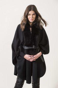Πλεκτά με γούνα : Black knitting cape with sleeves and fur Long Vests, Office Outfits, Fur Trim, Cape, Fur Coat, Knitting, Sleeves, Jackets, Clothes