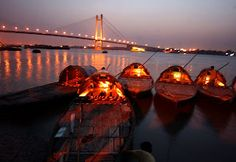 Better expect the unexpected: Beautiful Kolkata at Night