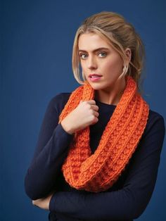 4 Projects Big Wool Brights Pumpkin Snood Circular Knitting Needles, Easy Knitting, Knitting For Beginners, Knitting Patterns, Laine Rowan, Snood Pattern, Big Wool, Rowan Yarn, Purl Stitch