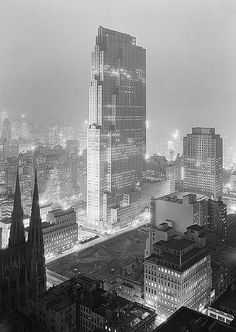 NYC. Rockefeller Center, RCA Building; SW view from 515 Madison Ave (Samuel Gottscho), 1933 //  by straatis, via Flickr