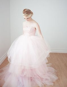 lovely layered pink tulle gown so sweet Perfect Wedding Dress, Dream Wedding Dresses, Wedding Gowns, Look Formal, Tulle Gown, Pretty Dresses, Wedding Bride, Dress To Impress, Bridal Gowns