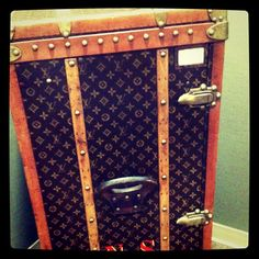 vintage vuitton trunk