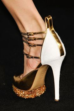 prabal gurung, f/w 2012. Design works No.1173 | Fashion design shoes Bella Donna's Luxury Designs