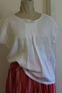 Orange Jumpers, Slow Fashion, Linen Fabric, Lace Detail, White Lace, Tunic Tops, Etsy Shop, Pullover, Wool
