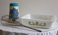 """Items similar to Vintage Green """"Crazy Daisy"""" Glasbake ovenproof baking dish - made in the USA on Etsy Vintage Green, Dishes, Trending Outfits, Unique Jewelry, Handmade Gifts, Etsy, Kid Craft Gifts, Tablewares, Craft Gifts"""