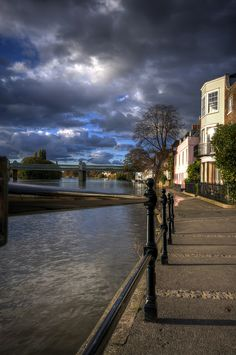 High Tide, Strand on the Green, Richmond,