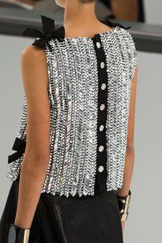 voguesurvenus:  Chanel Ready-to-wear Spring 2016