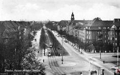 Lata 1935-1937 , Ulica Powstańców Śląskich, skrzyżowanie z Hallera i Wiśniową :) Zdjęcie identyczne jak to - http://fotopolska.eu/113555,foto.html.