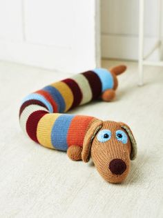 Sausage Dog Draught Excluder Keep out the cold with Amanda Berry's home accessory Owl Knitting Pattern, Knitting Patterns Free Dog, Easy Knitting, Loom Knitting, Crochet Patterns, Knitting Toys, Easy Sewing Patterns, Bag Patterns To Sew, Dress Patterns