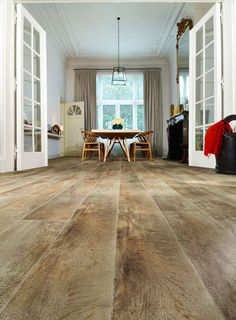 Stunning luxury vinyl flooring from Moduleo. Beautifully re-created wood and stone effect tiles for home and commercial use. Vinyl Flooring Uk, Luxury Vinyl Flooring, Luxury Vinyl Tile, Wooden Flooring, Laminate Flooring, Kitchen Flooring, Hardwood Floors, Vct Tile, Country Dining Rooms