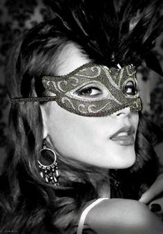 Exquisite masquerade