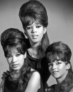 The Ronettes The Ronettes, Sixties Hair, Veronica, Ronnie Spector, Hair Evolution, Vintage Hairstyles, 1960s Hairstyles, Elegant Hairstyles, Short Hairstyles