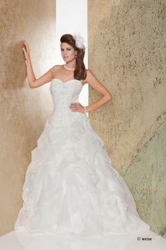 Kleid der Fa. Weise GmbH (DE)