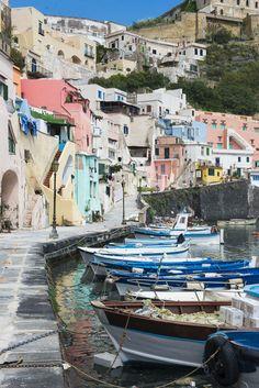 Procida – en kjærlighetshistorie – Reisebloggen Det vonde liv Italia