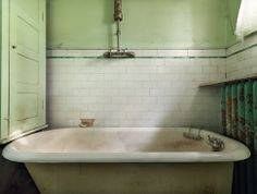 Old and worn bathroom. Beautiful. Halftile: http://www.byggfabriken.com/sortiment/kakel-och-klinker/kakel-half-tile/info/produkter/310-116-half-tile-brilliant-white/