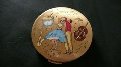 Rare Vintage Powder Compact 1950's.Stratton England.Rock & Roll Music & Dancing | eBay