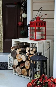 35 Cool Christmas Porch Decorating Ideas – All About Christmas Christmas Front Doors, Small Christmas Trees, Christmas Porch, Rustic Christmas, Simple Christmas, Beautiful Christmas, Christmas Lights, Christmas Crafts, Minimalist Christmas