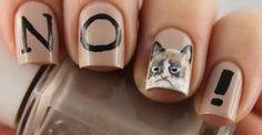 Bizarre nail art