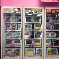 Favorite thing at an #icecream store? #Cake #food #dessert #girl