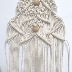 Macrame will be a big trend for 2019 so stay ahead of the crowd by decorating your home with these amazing macrame Christmas tree wall hangings from Free Macrame Patterns, Macrame Wall Hanging Patterns, Macrame Art, Macrame Projects, Macrame Knots, Wall Christmas Tree, Xmas Tree, Christmas Gifts, Half Hitch Knot