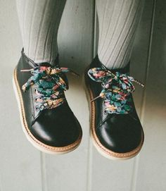 Young Soles London. cute floral shoelaces, love these shoes for kids! Little Girl Fashion, Toddler Fashion, Toddler Outfits, Kids Fashion, Fashion Wear, Fall Fashion, Fashion Trends, Fashion Outfits, Womens Fashion