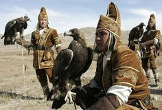 イヌワシ( Golden Eagle)と共に生き、共に暮らす中央アジアの民族たち
