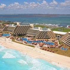 The Paradisus Cancun Resort Mexico formerly (The Gran Melia Cancun) Cancun Resorts, Mexico Resorts, Cancun Mexico, Vacations To Go, Dream Vacations, Places To Travel, Places To Visit, Jenifer, Visit Mexico