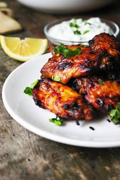 Easy Cake : Easy chicken wings with harissa from the oven / chicken wings, Oven Chicken, Tandoori Chicken, Chicken Wings, Tapas, Chicken Recipes, Good Food, Food And Drink, Dinner Recipes, Cooking