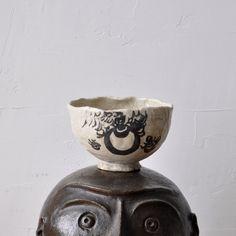 Buddhist graffiti Shino tea bowl by Shuntai Kato 19c