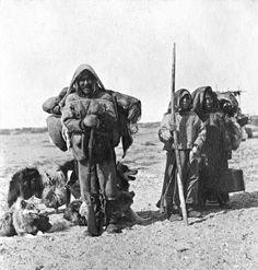Inuit group breaking camp - 1919