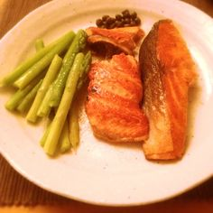 salmon and asparagus #food #pinterest