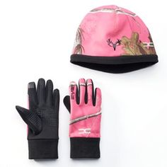 With touchscreen-compatible gloves and a fleece-ined hat this Hot Shot Realtree women's set helps you stay connected and warm. Older Women Fashion, Womens Fashion, Hunting Girls, Hunting Camo, Camo Fashion, Fashion Edgy, Discount Womens Clothing, Winter Gear, Winter Gloves