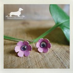 Pink Petals Daisy Flower Post Earrings  by PickleDogDesign on Etsy, $6.50